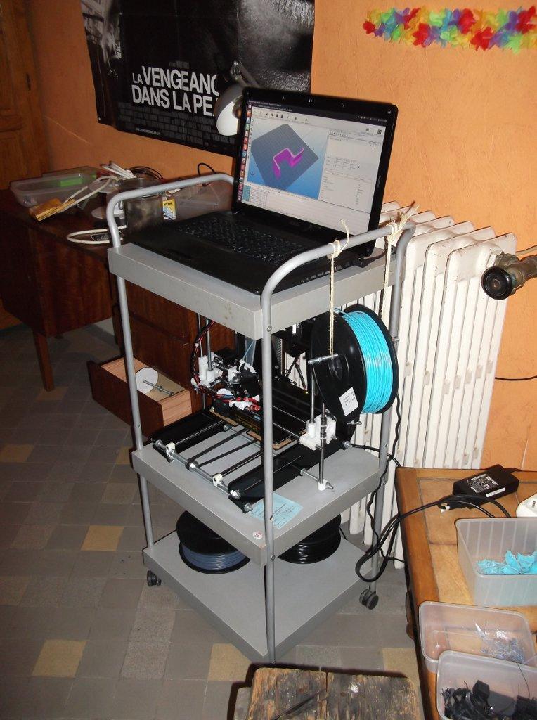 Clusterap, meuble pour imprimante 3d open source